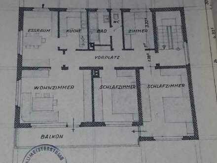 5-Zimmer-Wohnung mit Balkon in Lonsee-Halzhausen