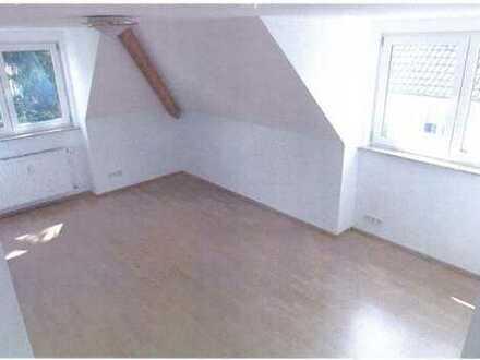 Vermietete, wunderschöne Dachgeschoss-Wohnung mit Gartenanteil in sehr guter Lage von Bad Vilbel