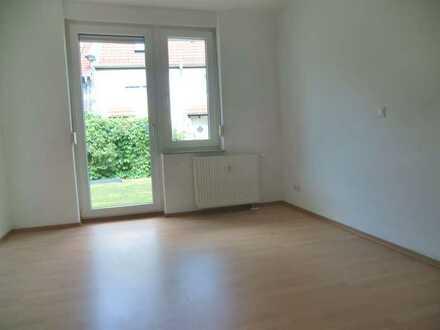 **Gepflegte 1-Zimmer-Wohnung mit Terrasse in beliebter Lage**