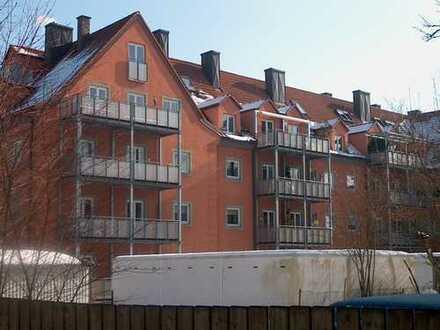 Zentrale, ruhige, helle 2-Zi-Wohnung/Balkon in Augsburg Hochfeld