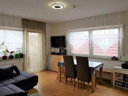 ++Mitten drin... statt nur dabei ! ++ 4-Zimmer-Wohnung mit Balkon in zentraler Lage zu verkaufen!