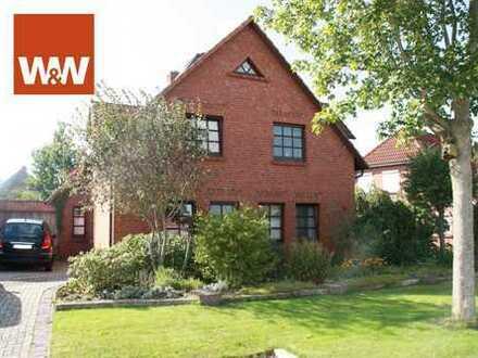 Traumhaftes Architektenhaus im Herzen von Pewsum zu verkaufen!