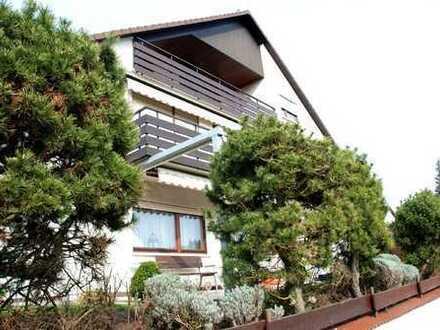 Hemsbach: Große, gemütliche Wohnung an Paar zu vermieten.