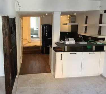 Erstbezug nach Sanierung: schöne 3-Zimmer-Wohnung mit Einbauküche in Gelnhausen