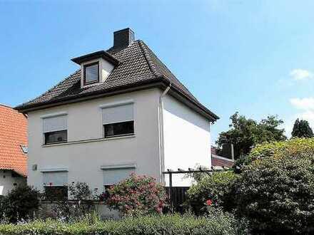 Ein-/Zweifamilienhaus in Hamburg-Marmstorf am Stadtpark (Teilungsversteigerung)