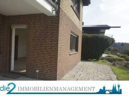 Helle 2-Zimmer Souterrainwohnung mit Terrasse zu vermieten!