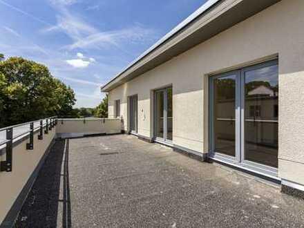 Erstbezug Waldplatz - Wohnung im Hinterhaus mit großer Terrasse,2 Bädern & Lift bis in die Wohnung