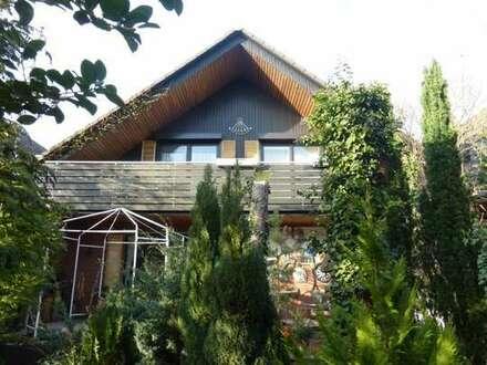 Wohnen in bester Lage! Reihenmittelhaus mit Garage in Wolfsburg-Fallersleben