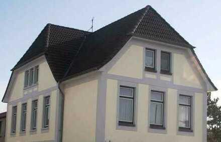 Century21: 3 Zimmer Altbau-Wohnung im Zentrum von Zwischenahn