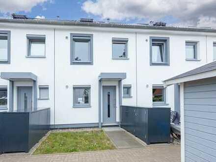 ***Lilienthal, Modernes Reihenmittelhaus mit schönem Grundstück in Lilienthal-Falkenberg.