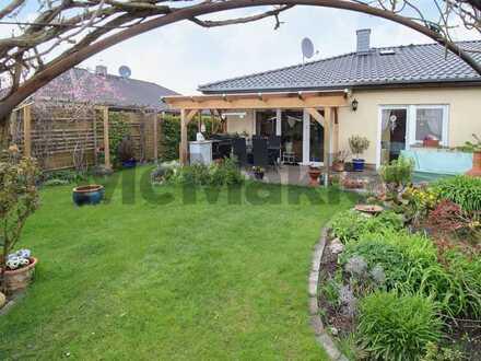 Wohntraum: 3-Zi.-Doppelhaushälfte mit tollem Garten in familienfreundlichem Wohngebiet