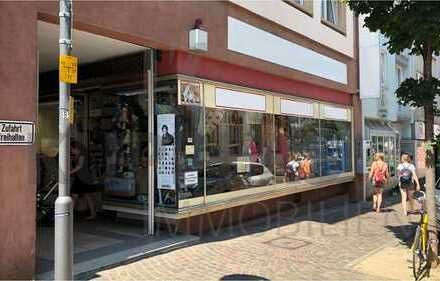 Frequentierte Ladeneinheit Nähe Schillerplatz