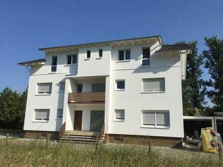 Günstige, gepflegte 5-Zimmer-Wohnung mit Balkon und EBK in Ellenbach