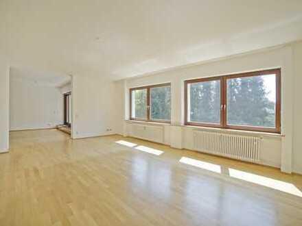 Renovierungsbedürftig - 4-Zimmer Wohnung in ruhiger Lage - Grünwald