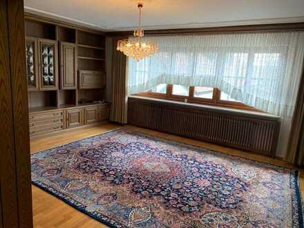 Wohnen im Münchner-Umland! Schöne 4-Zimmer-Wohnung in Ortskern-Lage Pliening