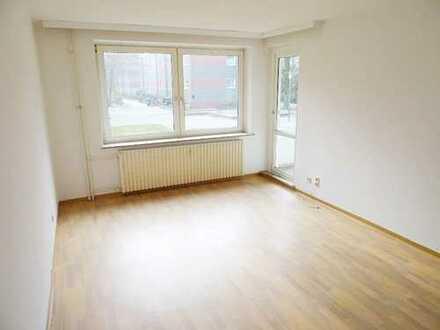 Großzügige 3-Zimmer-Wohnung im Herzen von Emden mit Balkon