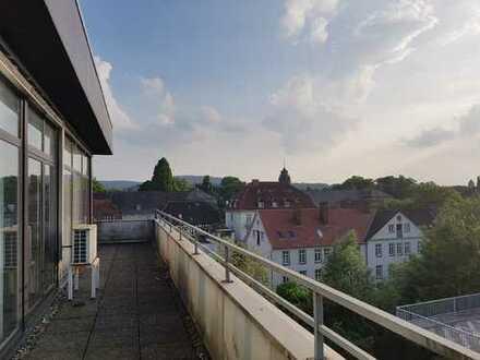 Vielseitig nutzbare Büroräume (335m²) in der Fußgängerzone von Detmold zu vermieten.