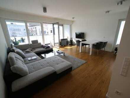 Stilvolle, geräumige 2,5-Zimmer-Wohnung mit Balkon in Bielefeld