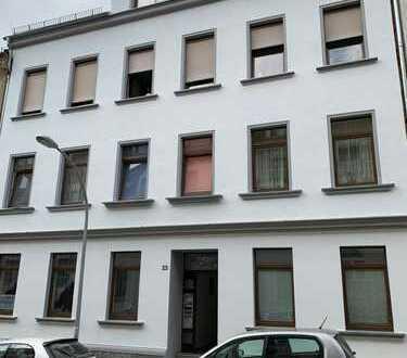 Moderne 1-Raum-Wohnung mit neuer Einbauküche in Werdau