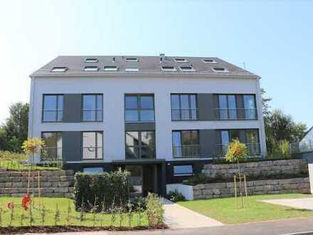 ERSTBEZUG! Top ausgestattete 3,5-Zim.-Wohnung mit gr. Terrasse und Blick ins Grüne! Landhaussiedlung
