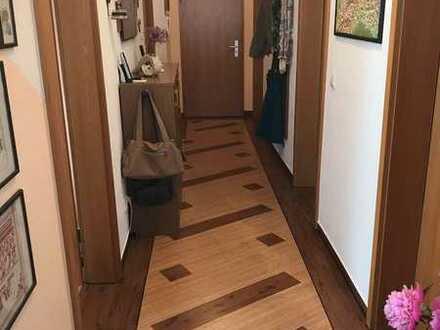 sehr schöne helle 4-Zimmer-Wohnung im Zentrum Werdaus