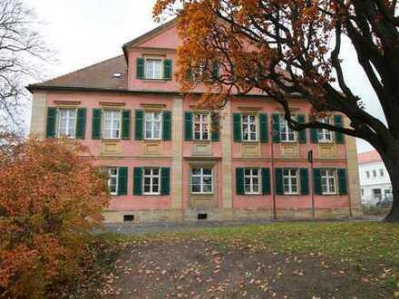 Absolute Rarität: Denkmalgeschütztes Wohn- und Geschäftshaus in Bayreuth!