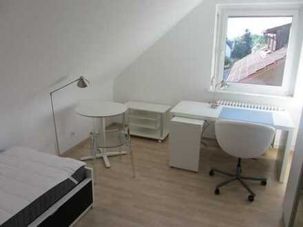Möbl. Zimmer in 3er-Frauen-WG nahe der Uni Hohenheim