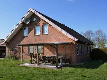 Dachgeschosswohnung mit Carport in Neubörger, www.deWeerdt.de