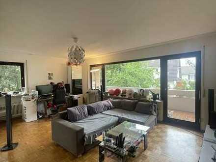 Schöne helle 2-Zimmer Wohnung in ruhiger Lage von S-Riedenberg