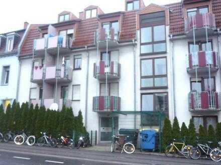 Nähe S-Bahn! 2 Zimmer-Maisonetten-Wohnung mit Balkon in Heidelberg-Kirchheim an Single