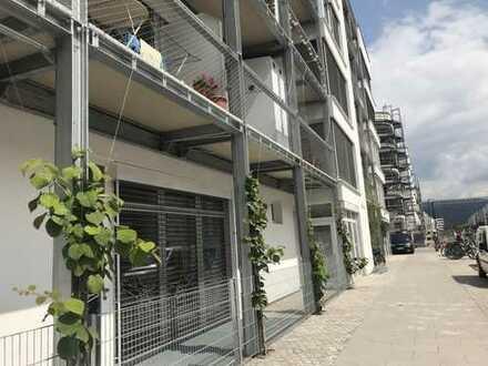Super helle Wohnung mit privater Dachterrasse* bis zu 520 € Förderung möglich!