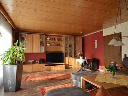 Gemütliches, einseitig angebautes Einfamilienhaus in zentraler und doch ruhiger Lage von Leonberg