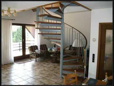 ...interessante, gepflegte 94 m2 Maisonette ETW *mit Blick ins Grüne !!!