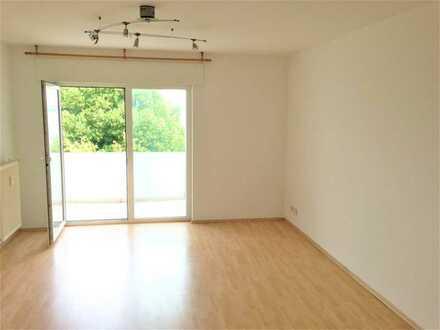 helle 1-Zi.-Wohnung (barrierefrei) mit Balkon & Einbauküche nahe Biotest