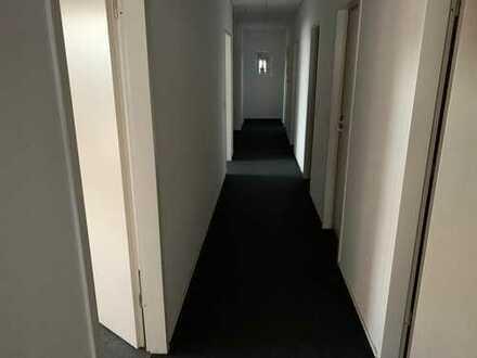 Büro/Praxis in Bahnhofsnähe