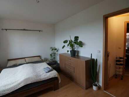 2- Zimmer Wohnung in Erfurt-Niedernissa mit Balkon und Stellplatz