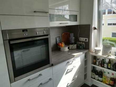 Schöne, geräumige drei Zimmer Wohnung in Penzing