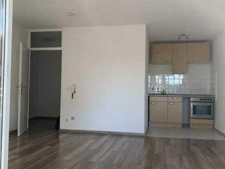 Tolle 1-Zimmer Wohnung mit Balkon, Keller und Tiefgaragenstellplatz