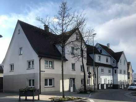 *** Wohnen und Arbeiten *** Mehrfamilienhaus mit Gewerbehalle, mitten im Zentrum von Bad Saulgau
