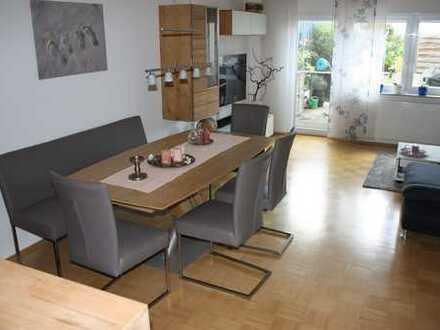 Stillvolle, neuwertige 3-Zimmer-EG-Maisonette-Wohnung mit Terrasse und eigenem Garten in Sandhausen