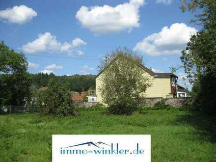 ebener Bauplatz in zweiter Reihe in Blickweiler
