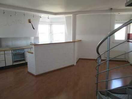 950 €, 112 m², 4 Zimmer