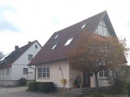 Vollständig renoviertes 3,5-Zimmer-Einfamilienhaus mit EBK und Terrasse in Ilshofen-Ruppertshofen