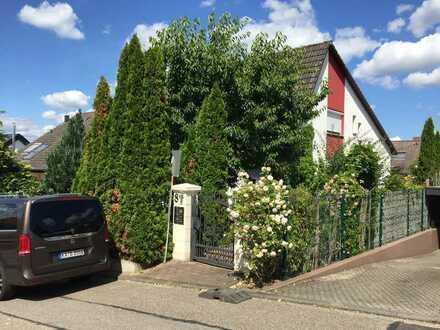 Gepflegtes 6-Zimmer-Einfamilienhaus mit Einbauküche in Waldbronn