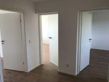 Erstbezug nach Sanierung: schöne 3-Zimmer-Penthouse-Wohnung mit Balkon in Kaufbeuren