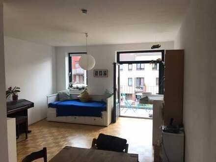 Schön geschnittene 2 Zimmer-Wohnung mit Südbalkon im Herzen von Bonn-Poppelsdorf