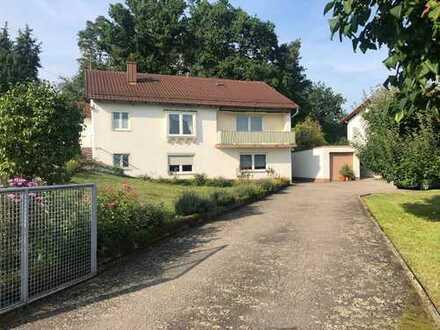 Schönes Ein-/Zweifamilienhaus in Randlage von Cham