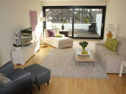 Traumlage, exclusive Wohnung mit 2 Dachterrassen am kleinen Kanal in München Nymphenburg