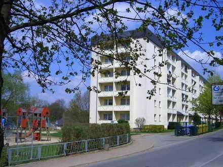 Gemütliche Wohnung mit Fahrstuhl auf halber Etage
