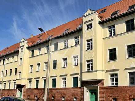 //Großartige Dachgeschosswohnung***4 Zimmer***Balkon*** zum Verkauf//